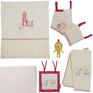 Tutti Bambini Helter Skelter 7 Piece Bedding Bundle